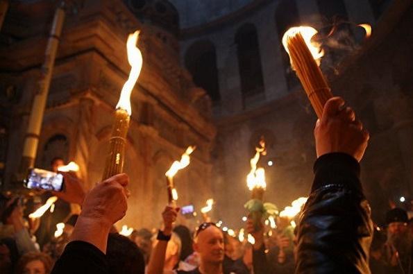 7 апреля в Москву из Иерусалима планируют доставить Благодатный огонь
