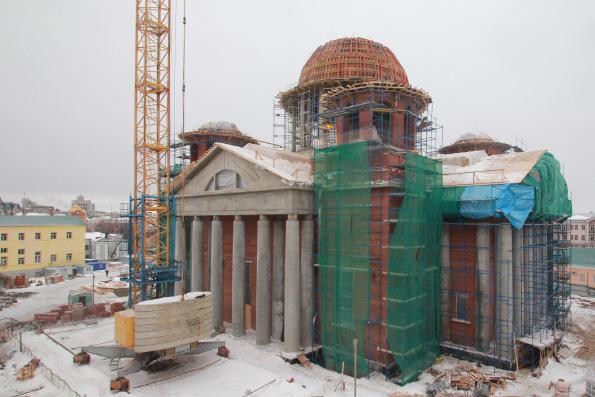 В Казани завершилось бетонирование центрального купола храма Казанской иконы Богородицы