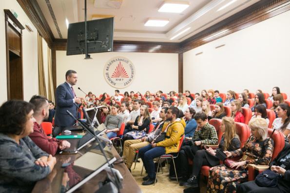 Владимир Легойда: Мы должны делиться с молодежью своими ценностями, а не поучать ее