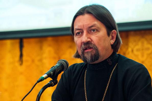 Протоиерей Максим Козлов: Духовные школы должны подумать о государственной аккредитации
