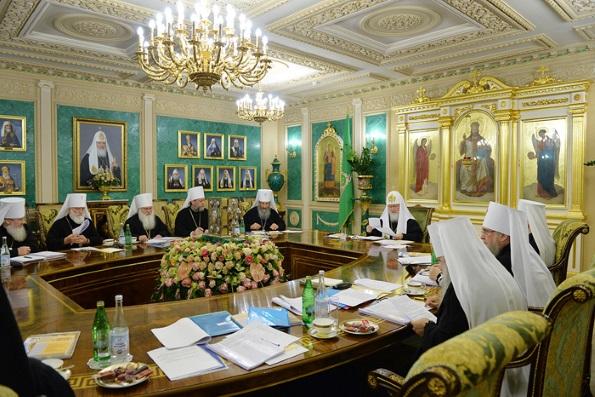 Накануне Архиерейского Собора в Москве прошло заседание Священного Синода