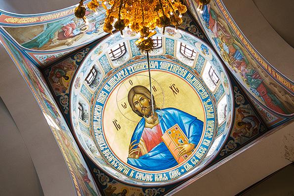 В соборе Казанской иконы Божией Матери города Альметьевска завершается роспись стен