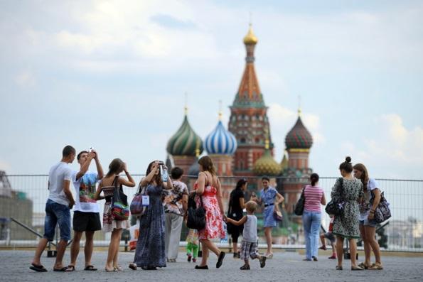 Патриарх Кирилл пригласил паломников из США чаще бывать в России