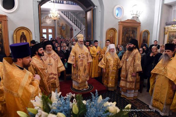Глава Татарстанской митрополии сослужил Патриарху Антиохийскому и всего Востока Иоанну Х за Божественной литургией