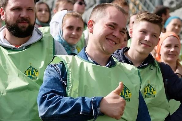 В России впервые отмечают День добровольца