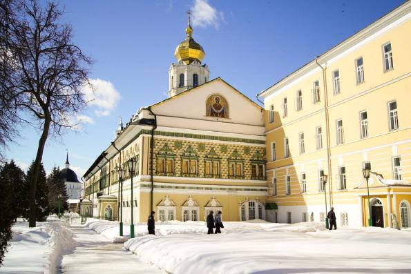 Московская духовная академия проводит обучение по направлению «Основы духовно-нравственной культуры» и «Основы Православия»