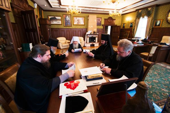 Митрополит Феофан возглавил очередное заседание Архиерейского совета Татарстанской митрополии