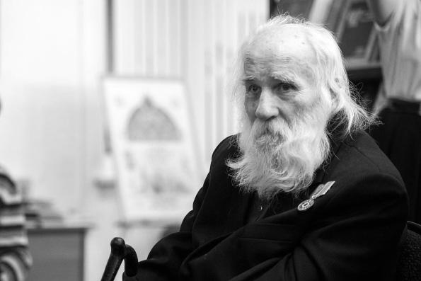 Отошел ко Господу старейший казанский церковнослужитель Виктор Лошадкин