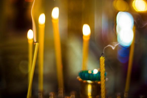 Плакать, молиться, любить: радость Родительской субботы