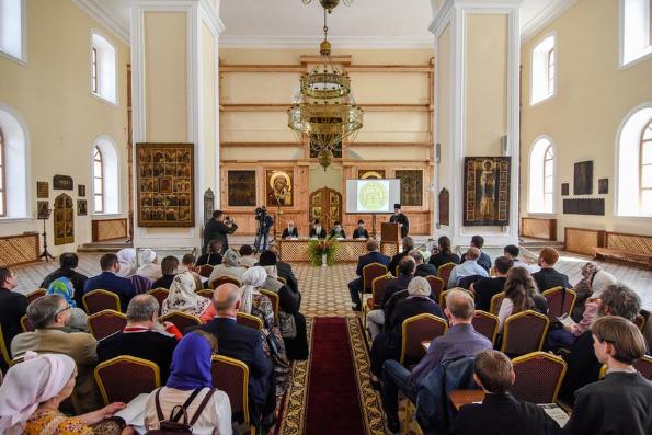 Священнослужители Казанской епархии приняли участие в научно-практической конференции «Старообрядчество и революция»