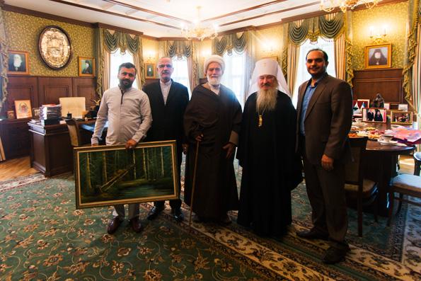 Глава Татарстанской митрополии принял представителя Верховного лидера Ирана в городе Хамадан