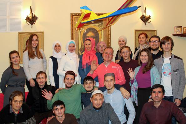 Мусульманская и православная молодежь Казани провела интеллектуальную игру