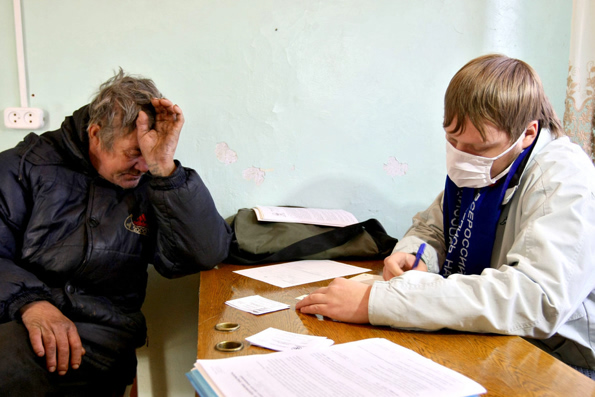 При участии Церкви создадут три региональных медпункта для бездомных