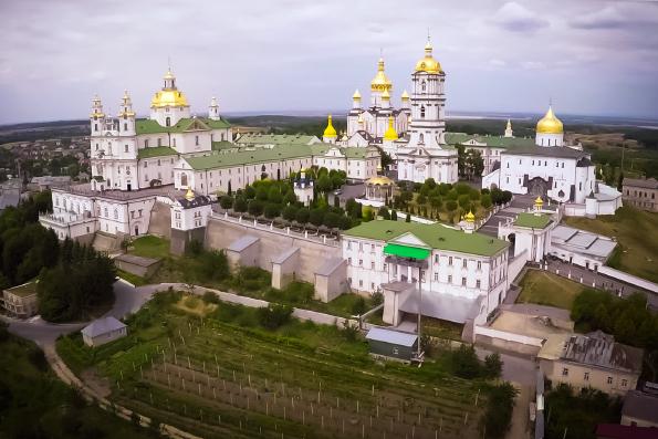 Государство может забрать лаврские монастыри у Украинской Православной Церкви