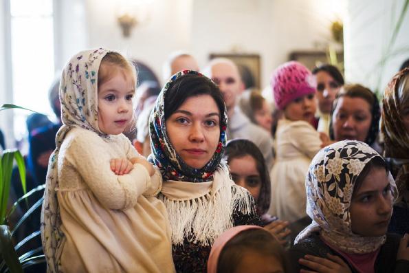 На базе социального дома «Колыбель» работает Школа материнства