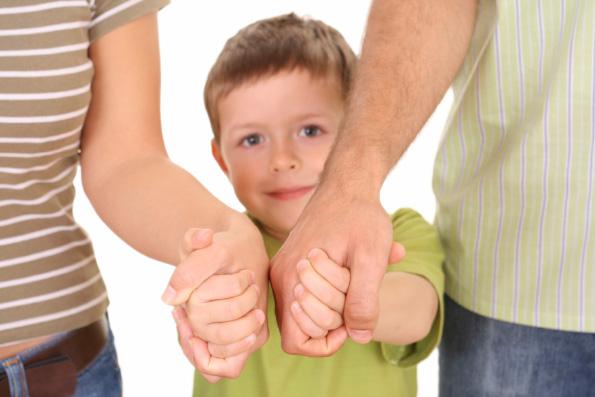 Приравнивание пятилетнего сожительства к браку не может защитить детей, считает митрополит Иларион