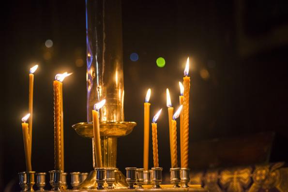 28 марта в России объявлено днем общенационального траура по погибшим в Кемерово