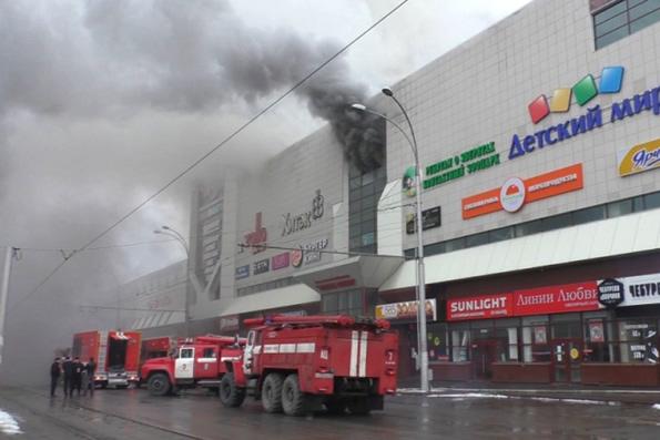 Жители Кемерово выступили c инициативой постройки часовни на месте сгоревшего торгового центра