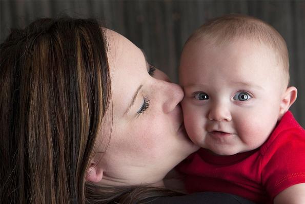 Начала работу горячая линия для поддержки беременных женщин, оказавшихся в сложной жизненной ситуации