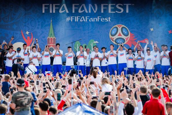 Святейший Патриарх Кирилл: Яркая игра футболистов содействовала единению российского общества