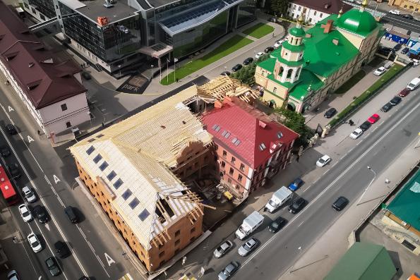 Митрополит Феофан ознакомился с ходом строительства православной гимназии в Казани