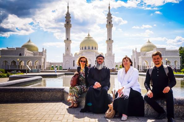 Делегация Казанской православной духовной семинарии посетила Болгарскую исламскую академию