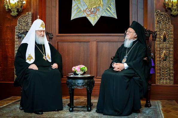 В Стамбуле состоялась встреча Предстоятелей Константинопольской и Русской Православных Церквей