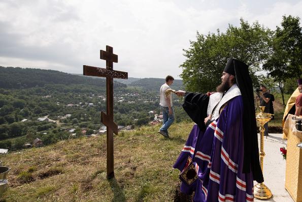 В Кисловодске на километровой высоте заложен храм в честь равноапостольного князя Владимира