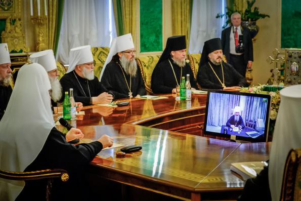 Священный Синод Русской Церкви постановил приостановить молитвенное поминовение за богослужением Константинопольского патриарха