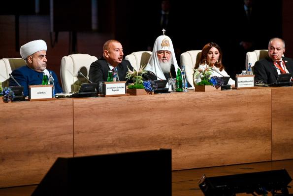 Святейший Патриарх Кирилл: Защита нравственных ценностей должна стать одним из приоритетов для всех мировых религий