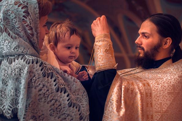 Священный Синод Русской Церкви разрешил крестить с сохранением национального имени