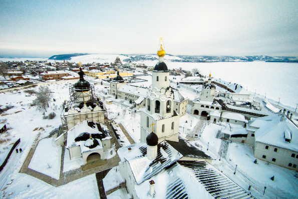 Картинки по запросу свияжский монастырь зима митрополия