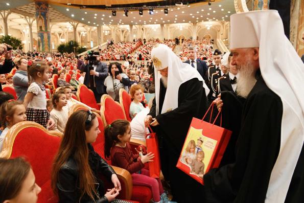 Патриарх Кирилл: Книги формируют наш духовный и интеллектуальный мир