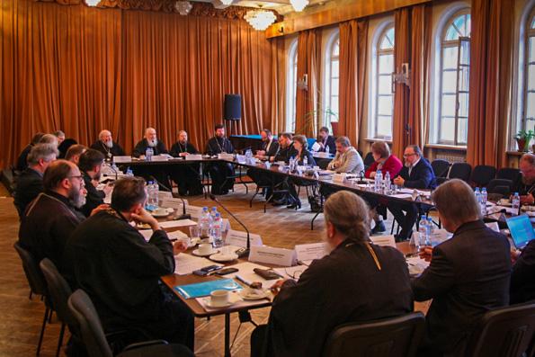 В Москве прошло заседание комиссии Межсоборного присутствия по вопросам общественной жизни, культуры, науки и информации