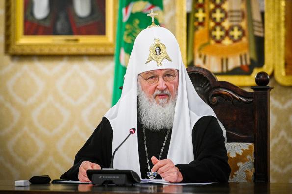 Патриарх Кирилл: Восстановление храмов следует вести таким образом, чтобы оно объединяло людей