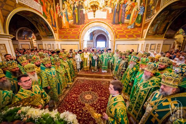 Представители одиннадцати Поместных Православных Церквей поддержали Украинскую Православную Церковь