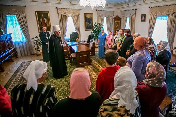 Перешедший в «Православную Церковь Украины» приход вернулся в каноническую Украинскую Православную Церковь