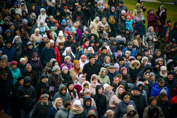 Туроператоры теперь не смогут самостоятельно организовывать посещение православных святынь