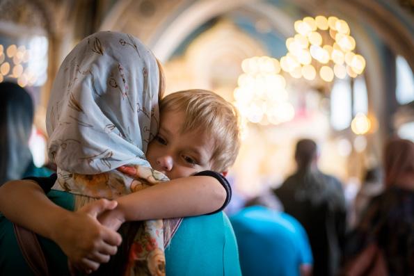 Митрополит Волоколамский Иларион: Нельзя ставить возможность рождения ребенка в зависимость от материального положения