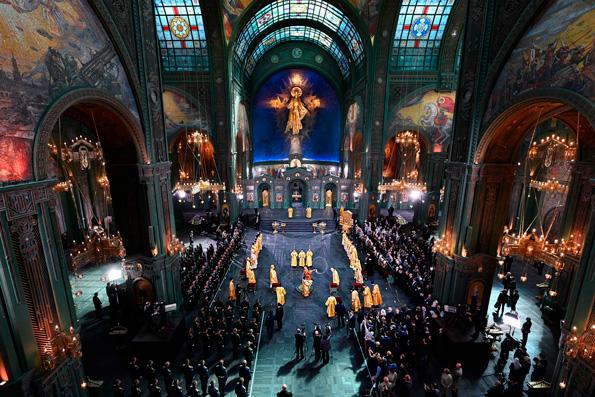 Патриарх Кирилл совершил освящение главного храма Вооруженных сил Российской Федерации