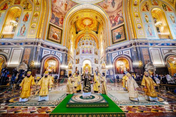 Святейший Патриарх Кирилл молитвенно отметил двенадцатую годовщину интронизации