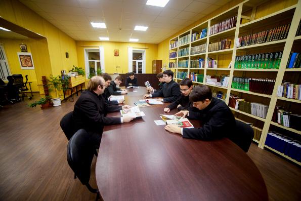 В России планируется создать Комиссию по развитию религиозного образования
