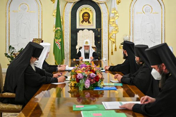 Святейший Патриарх Кирилл впервые возглавил заседание Архиерейского совета Московской митрополии