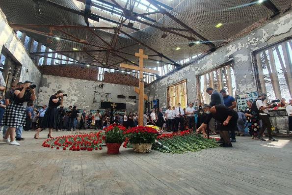 Архиепископ Владикавказский Леонид совершил заупокойную литию по жертвам теракта в Беслане