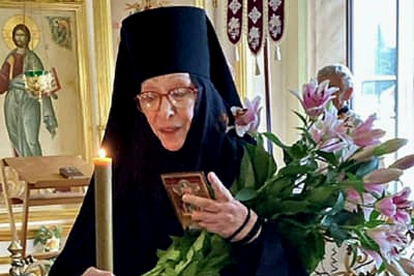 Актриса Екатерина Васильева приняла иноческий постриг