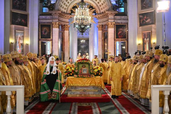 В Санкт-Петербурге состоялись торжества по случаю 800-летия благоверного князя Александра Невского
